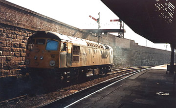 26035 gets the road at Dundee. Dave Newman